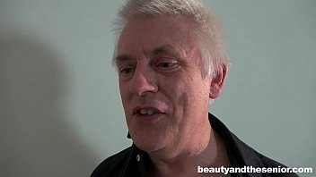 an old man fucks boots blonde in Dad and daughter039s dirty secret hornbunnycom