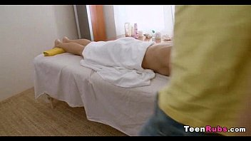 teen hd massage Anal while shes sleeping