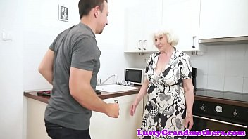 and granny milf chubby Only sunny lion hd dunlod