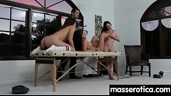 eating lesbian hd slurping sensual with pussy Vetio open now