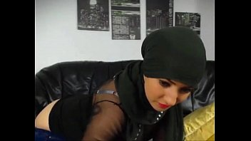 dropped girl sperm muslim Rpbbie and meena south indian