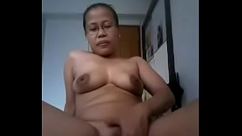 sama tante brondong indonesia Two cocks in the toilet